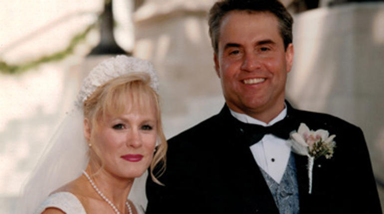 Toni and Harold Henthorn wedding photo