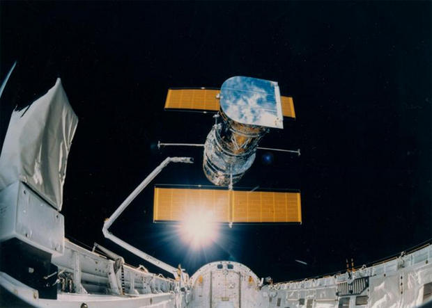Hubble Space Telescope marks 25 years in orbit - CBS News