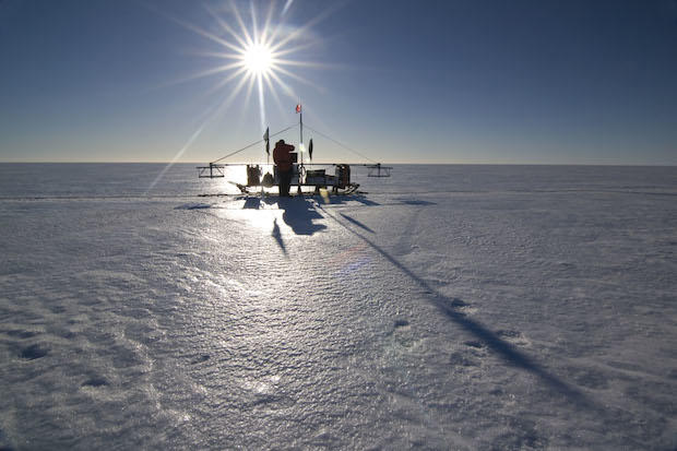 10009624-basradar-sledge-on-the-larsen-ice-shelf.jpg