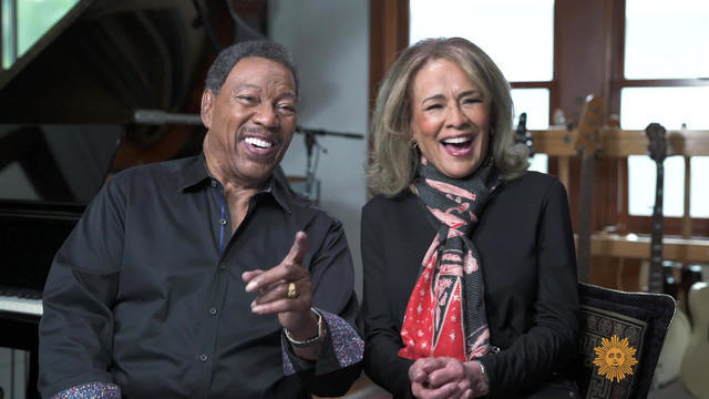 Marilyn McCoo and Billy Davis Jr. continue to let the sunshine in!
