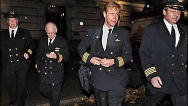 Delta Pilots Inch Toward Strike - CBS News