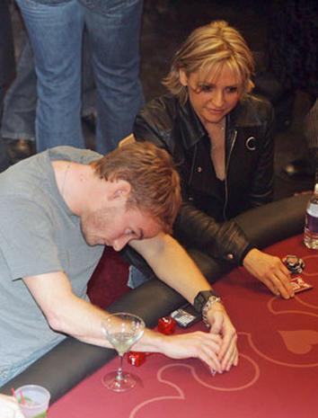 poker showdown photo 1 pictures cbs news