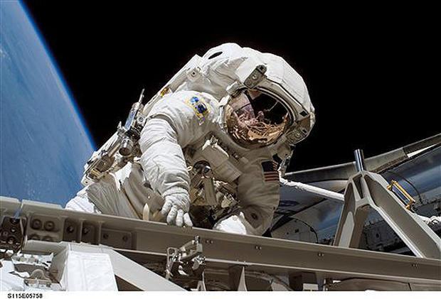 Atlantis Mission: STS-115