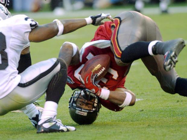 Bucs All The Way - Super Bowl XXXVII - Pictures - CBS News | 620 x 465 jpeg 53kB
