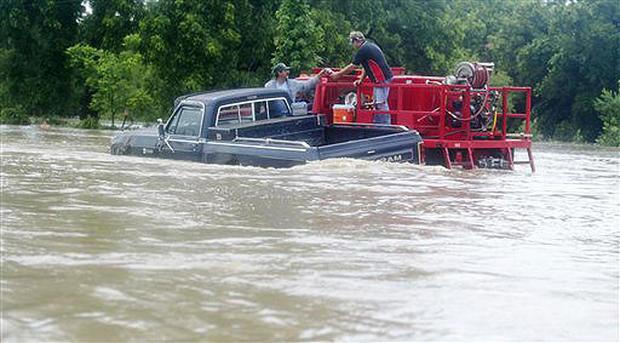 Storms Swamp N. Texas