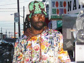Federal authorities say Jamaican reggae star Buju Banton attempted to buy cocaine from an undercover officer in Florida.