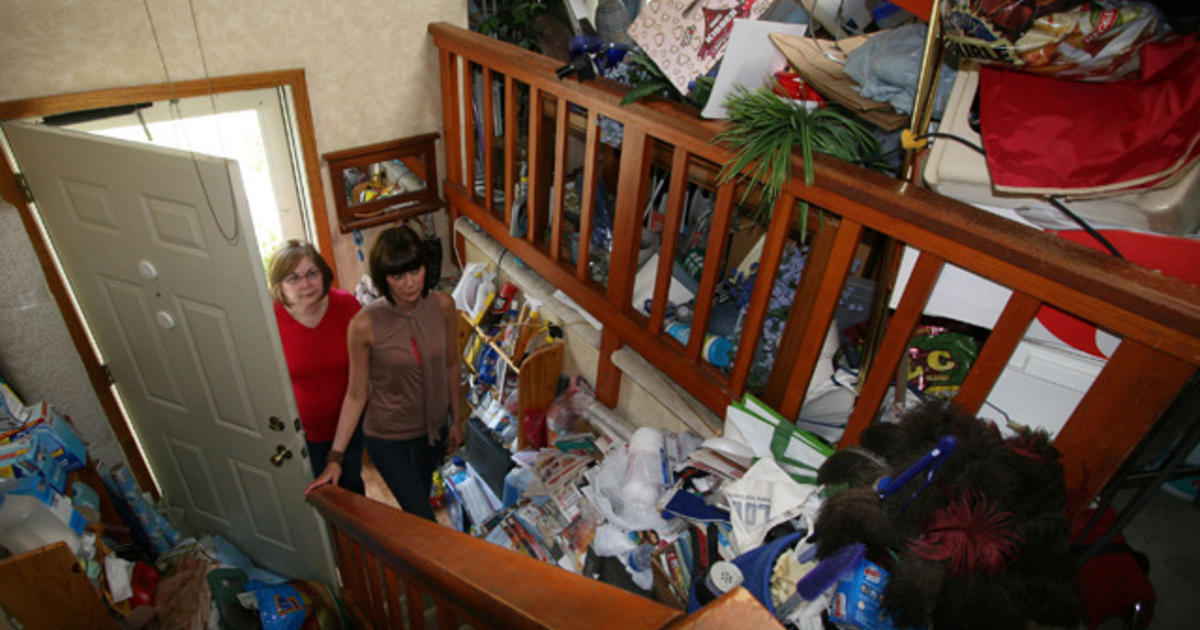 the buried secretes of hoarders the Two women who struggle with compulsive hoarding must get a handle on the  piles of possessions that plague them they have no choice but.
