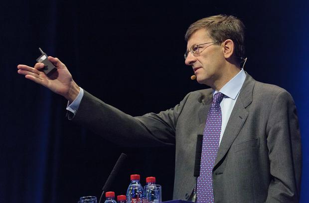 Vodafone CEO Vittorio Colao speaking at Nokia World