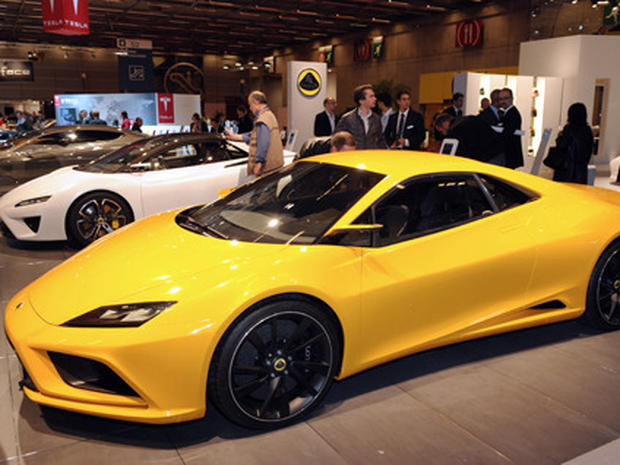 Hot Cars From the Paris Motor Show