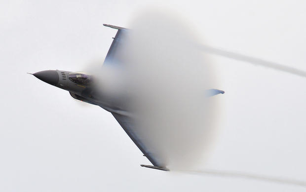 Breaking the Sound Barrier: An Aviation Turning Point