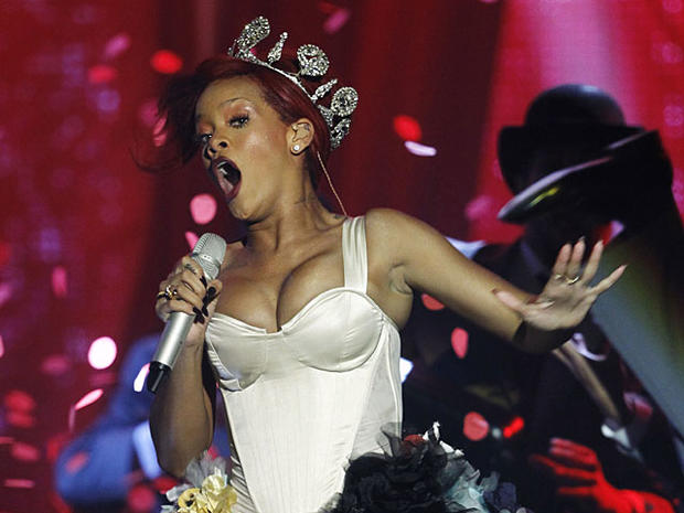"""Rihanna Sued by David LaChapelle Over """"S&M"""" Video, Say Reports"""