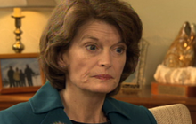 Murkowski: Not a Republican by Tea Party Standards