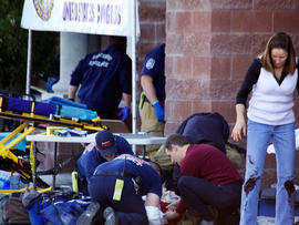 911 Tapes of the Gabrielle Giffords Shooting in Tucson