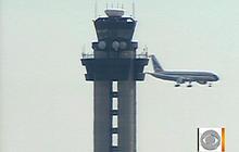 Aviation expert blames pilot for JFK airplane collision
