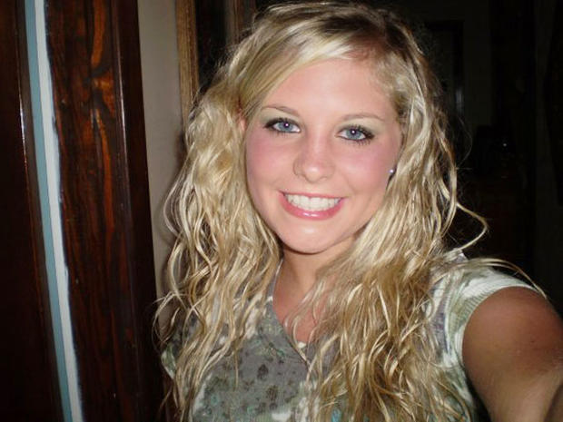"""Holly Bobo searchers make """"significant"""" find in hunt for Tenn. student, says report"""