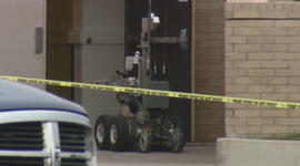 Police see Columbine similarities in pipe bomb found at Colo. mall