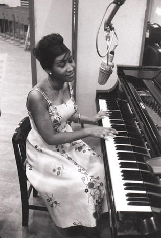 """Aretha Franklin: """"Queen of Soul"""""""