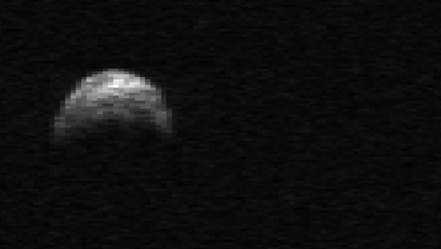 view asteroid 2005 yu55 - photo #20