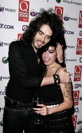 Celebs mourn Amy Winehouse