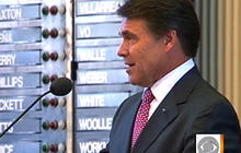 Gov. Perry under fire for prayer rally