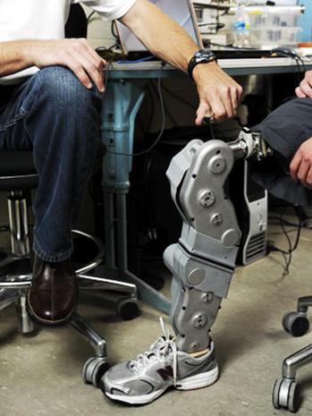 Shark attack victim gets bionic leg
