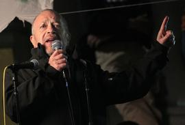 Former Sec. of Labor Robert Reich addresses Occupy Cal protesters
