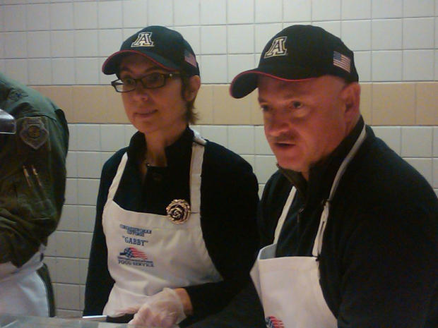 Gabrielle Giffords and Mark Kelly, Thanksgiving