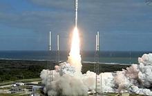 "NASA launches Mars rover ""Curiosity"""