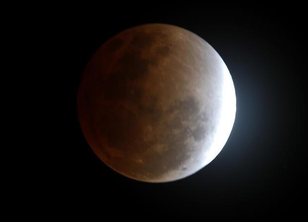 2011's last lunar eclipse