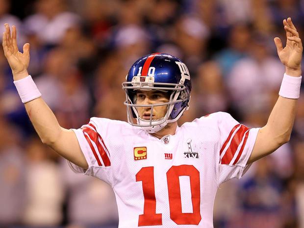 Eli Manning celebrates