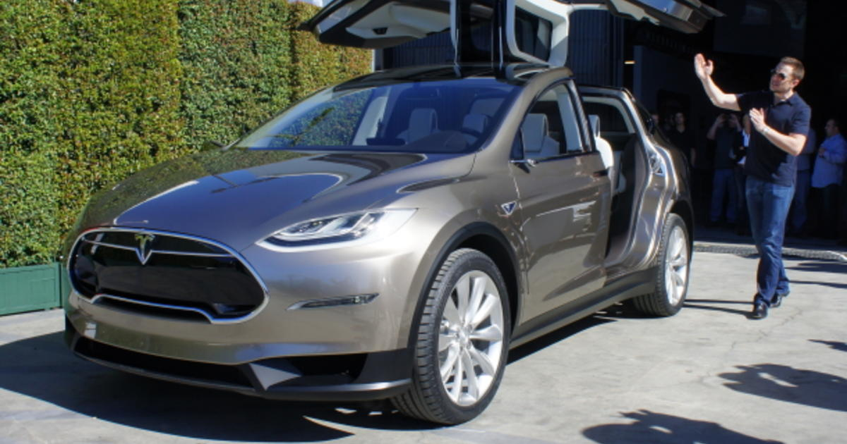Tesla S Model X Finally An Electric Car We All Want