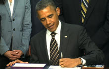 President Obama signs STOCK act