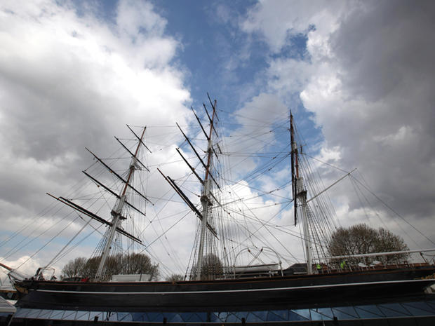 Queen reopens Cutty Sark in Greenwich