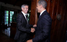 Celebrity donors: Obama or Romney?