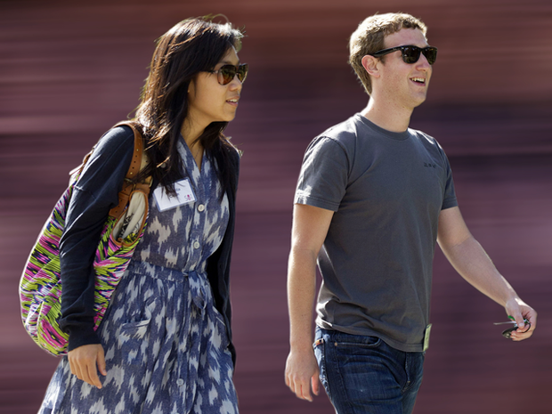 Facebook CEO gets married at surprise wedding
