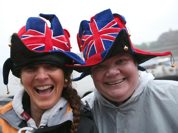 Festive scene on Thames for queen's Jubilee