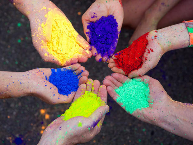 """""""The Color Run"""": World's most colorful 5K"""