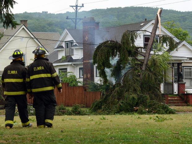 纽约州埃尔迈拉市遭遇龙卷风袭击事件