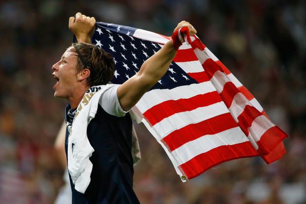U.S. women win 3rd straight soccer gold