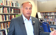 Rep. Steve King defends Akin, comments on rape, abortion