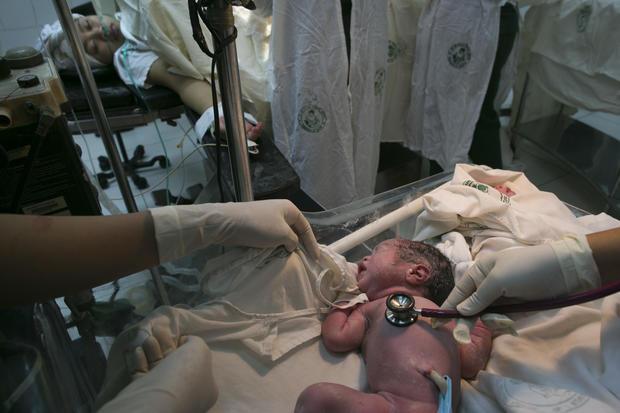 Manila hospital copes with baby boom