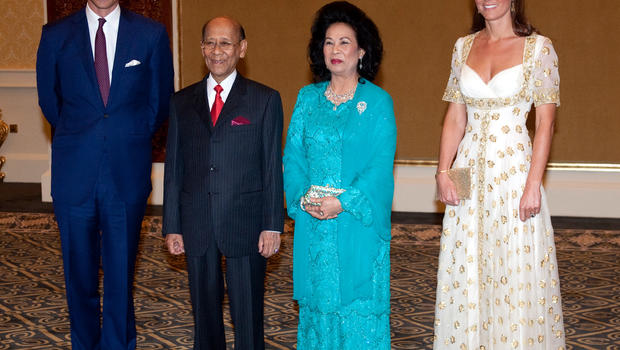 Duchess Kate Dons Alexander McQueen For State Dinner