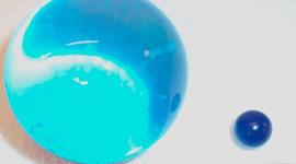 water balz, water-expanding ball