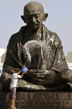 India celebrates Gandhi's birthday