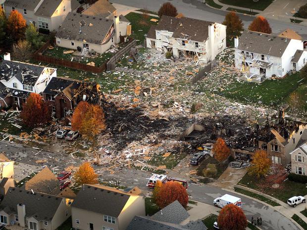 Explosion destroys homes in Indiana