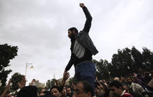 Pro-, Anti-Morsi protestors clash in Egypt