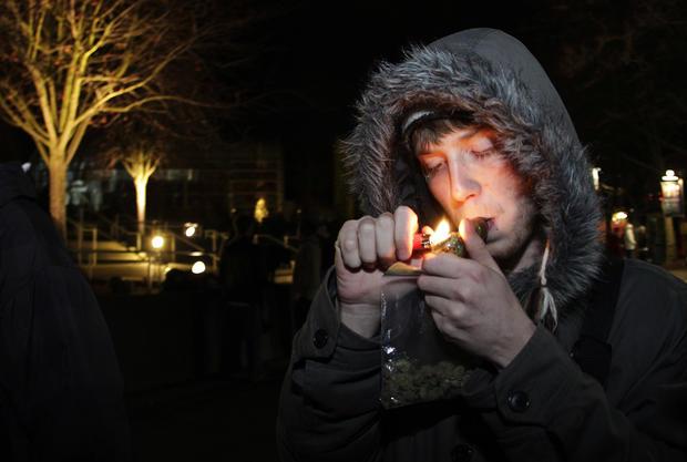 Smokers celebrate as Wash. legalizes pot