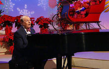 "Charles Osgood performs ""I'll be Home for Christmas"""