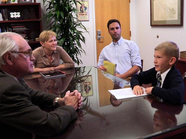 Eli在发了一封手写的三页求职信和老师的推荐信后,接受了一次采访。