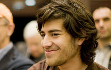 Aaron Swartz, Reddit co-founder, commits suicide